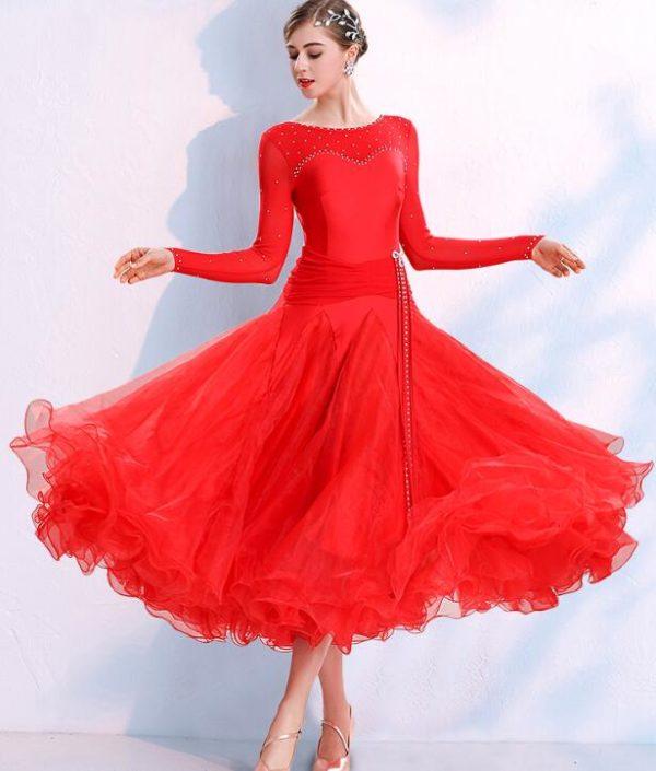 Платье стандарт красное