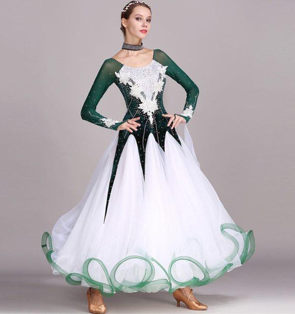 Платье стандарт бело-зелёное